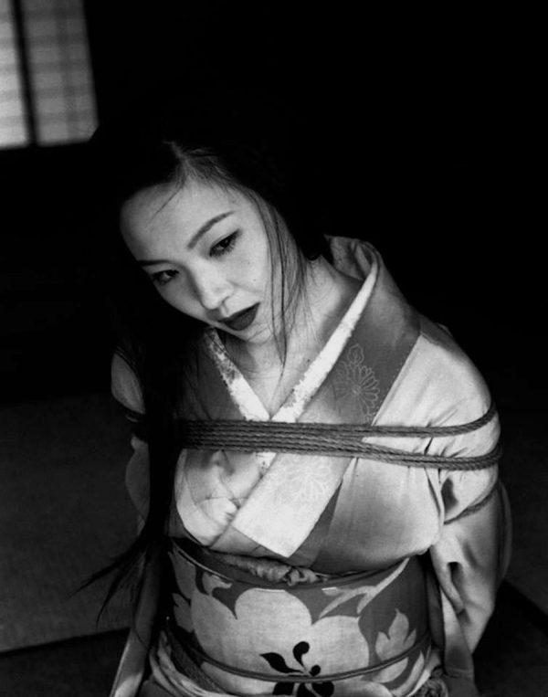 Nobuyoshi-Araki-workshop
